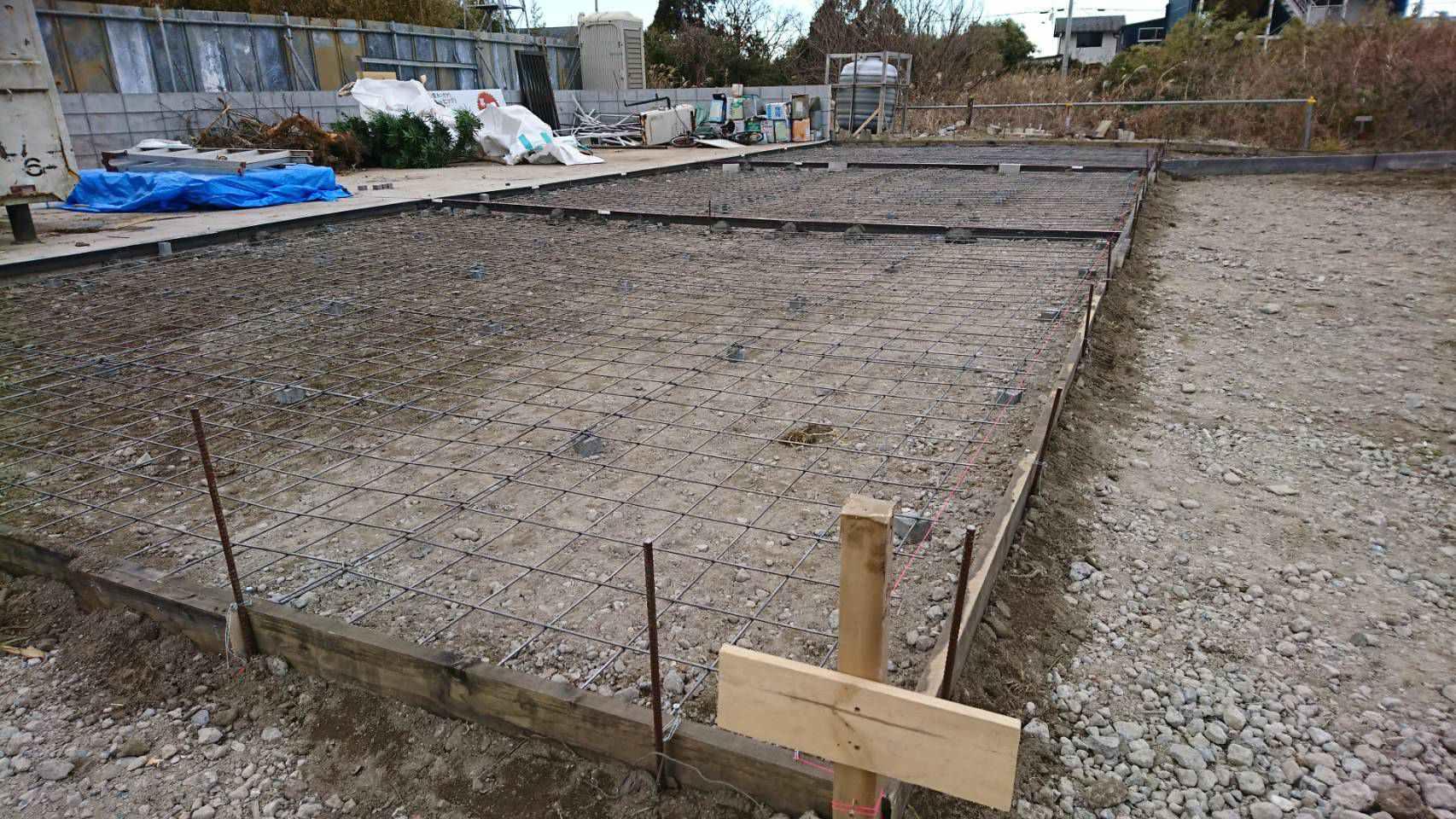 新地倉庫 自社土間コンクリート打設工事 018299